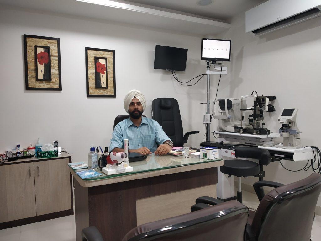 Dr. Manbir Singh